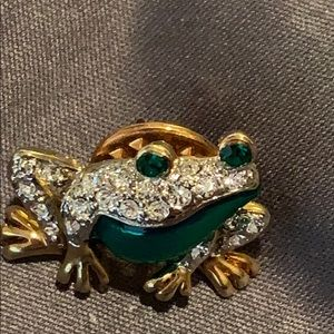 Frog rhinestones ,green eyes stick pin